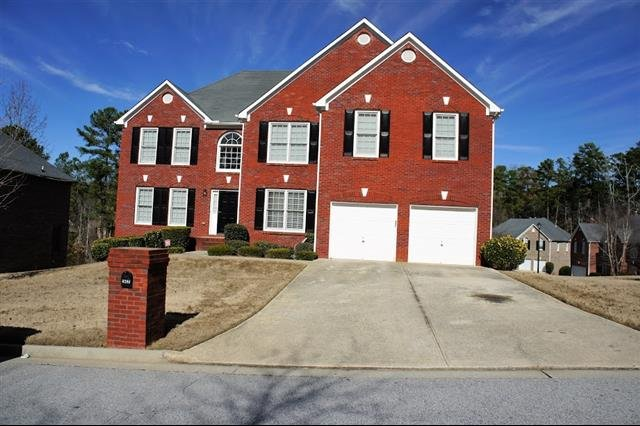 House For Rent In 6298 Southland Ridge Stone Mountain Ga