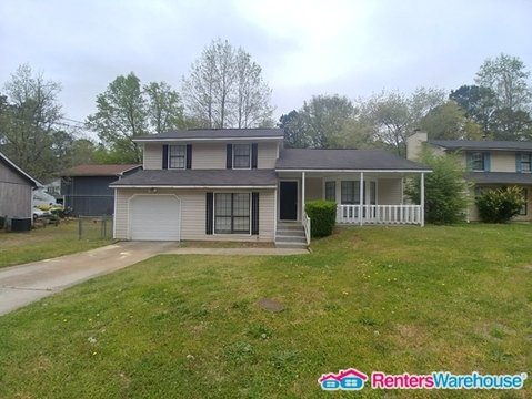 property_image - House for rent in Lithonia, GA